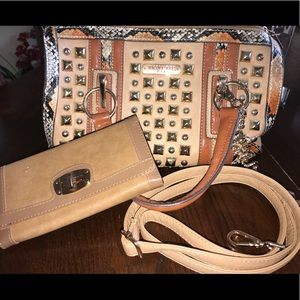 Nicole Lee bucket bag with wallet
